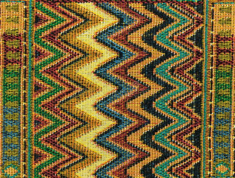 地方北部泰国样式设计做了织品和丝绸 库存图片