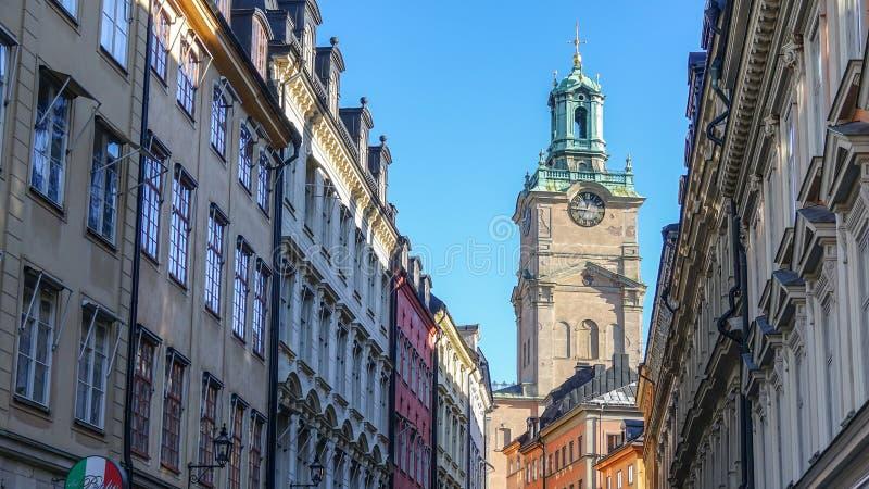 地方圣尼古拉斯教会在瑞典语:斯德哥尔摩大教堂 老斯德哥尔摩瑞典城镇 库存图片