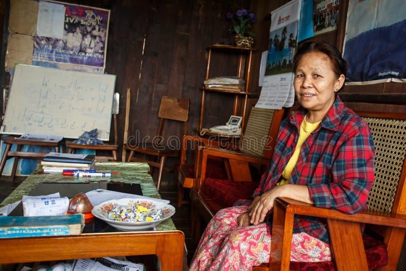 地方夫人在Falam,缅甸(缅甸) 库存照片