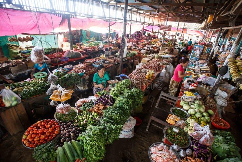 地方新鲜市场在Falam,缅甸(缅甸) 免版税库存照片
