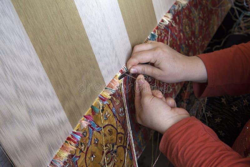 地毯的手工生产 免版税图库摄影