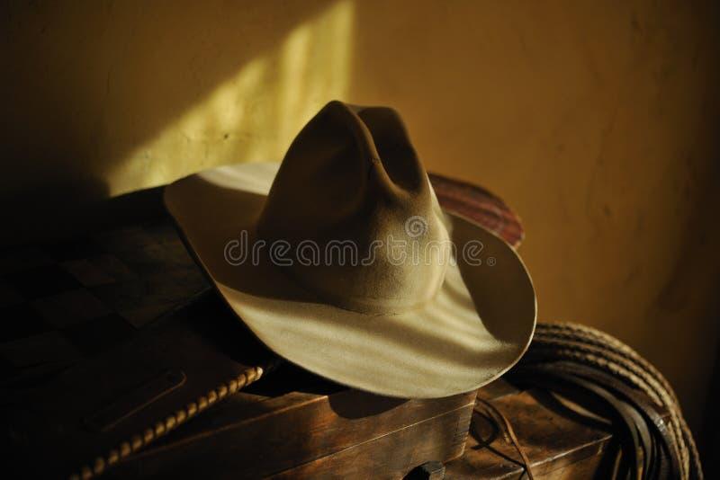 地道牛仔帽套索 库存图片