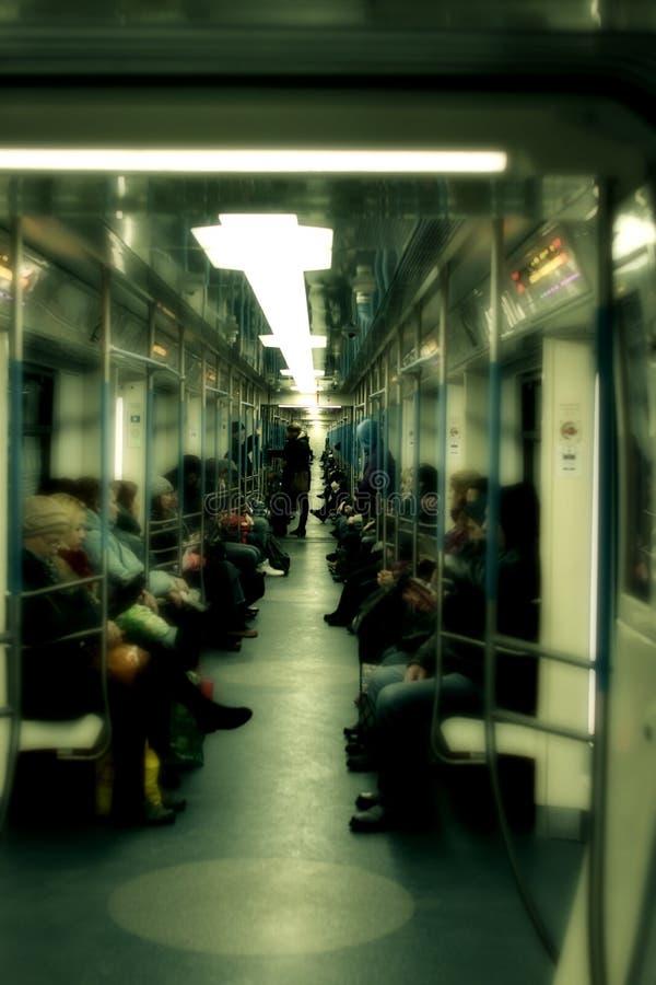 地铁射击里面与乘客 库存图片