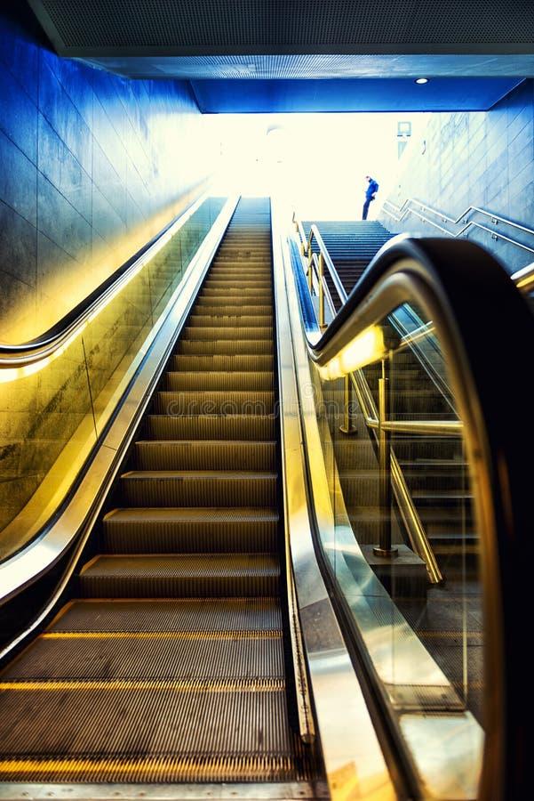 地铁自动扶梯 库存图片