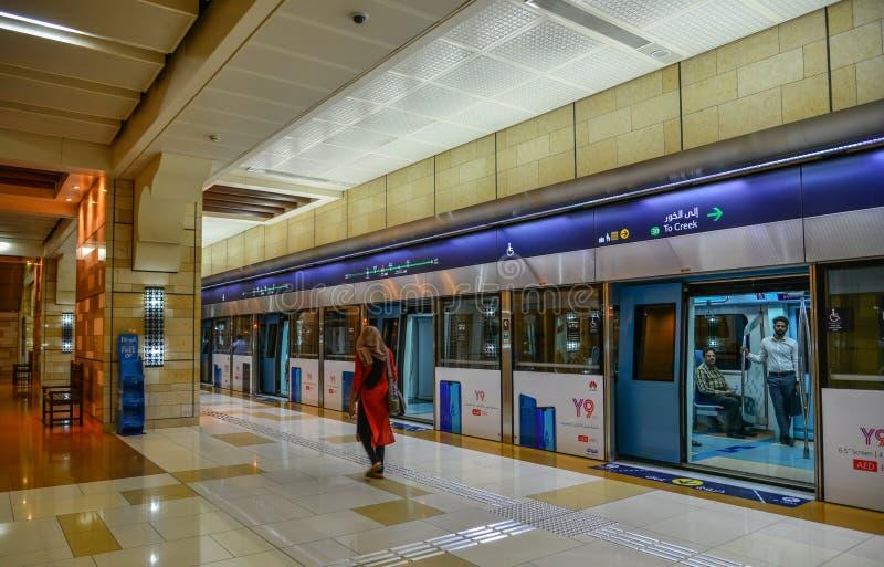 地铁车站在迪拜,阿拉伯联合酋长国 免版税库存图片