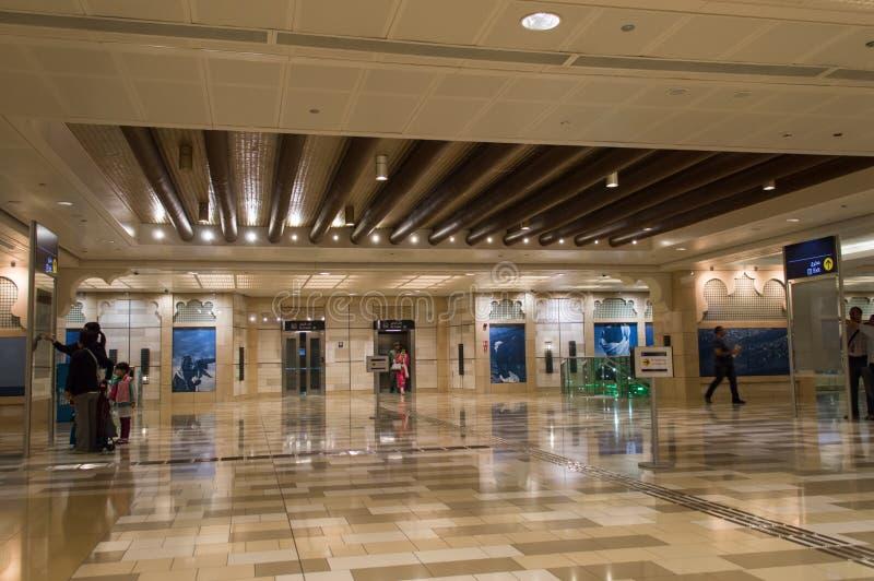 地铁车站在迪拜 免版税库存照片