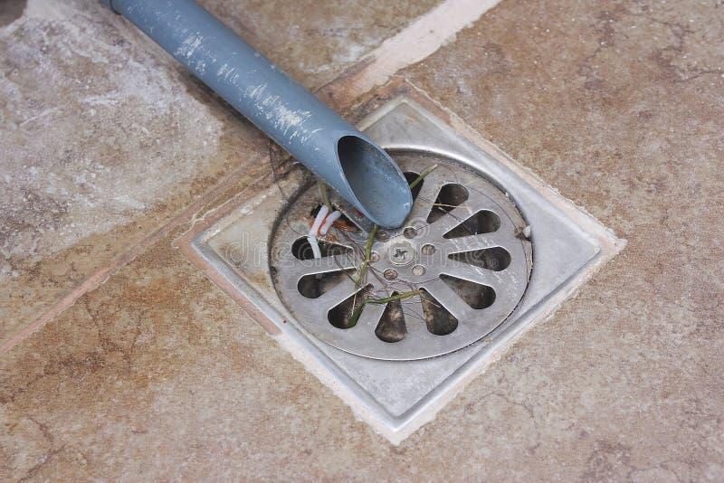 地面排水管 免版税库存图片