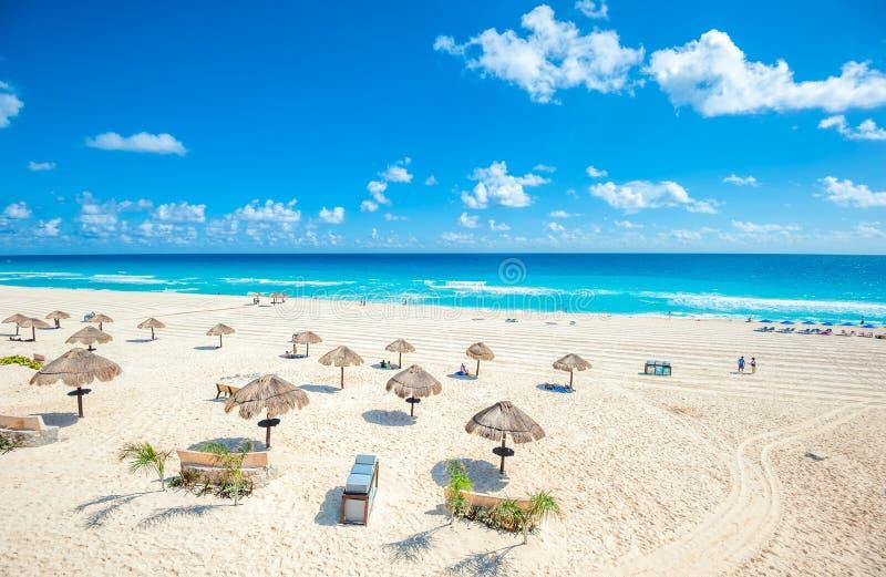 坎昆海滩全景,墨西哥 免版税库存图片