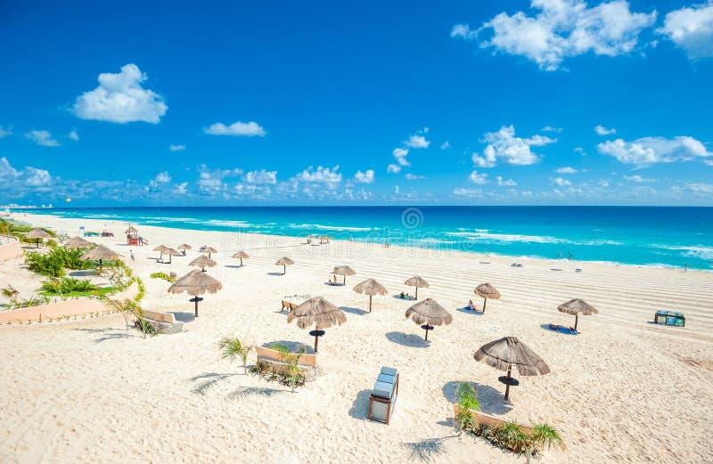 坎昆海滩全景,墨西哥 免版税库存照片
