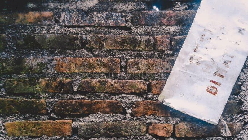 破坏世界墙壁  免版税图库摄影