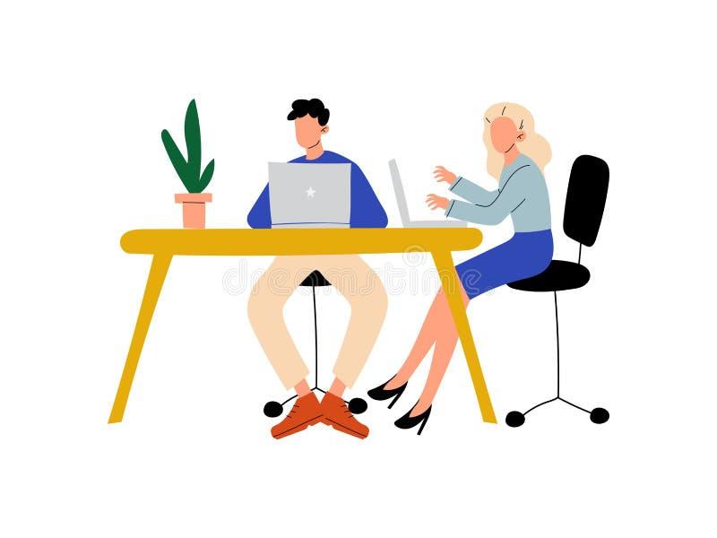 坐在有计算机的,在办公室传染媒介例证的同事书桌的年轻人和妇女 皇族释放例证