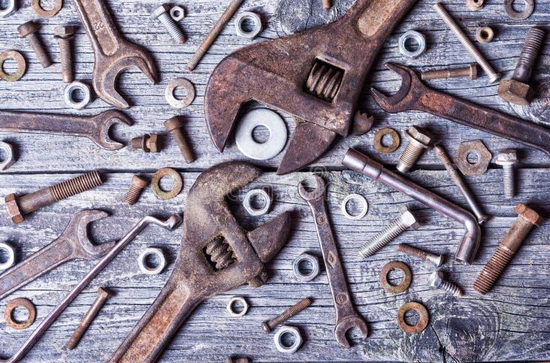 坚果、螺栓和板钳 免版税库存图片