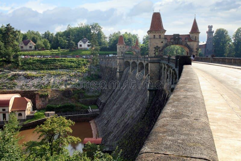 水坝列斯Kralovstvi在Bílá Třemešná,捷克 库存照片