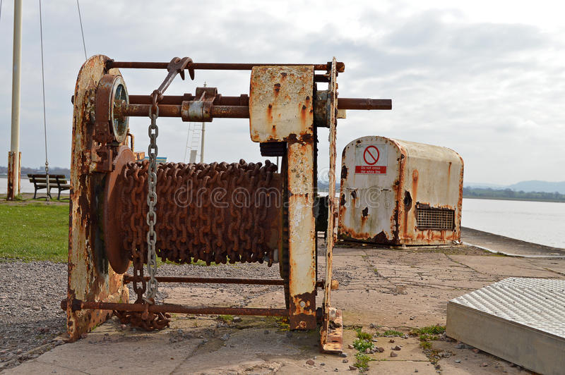 坞门的绞盘 免版税库存图片