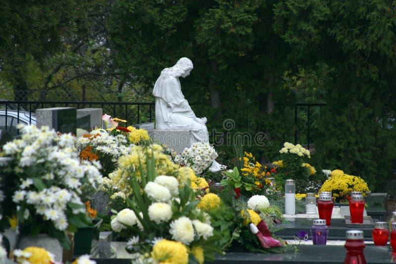 坟园在诸圣日天 免版税图库摄影