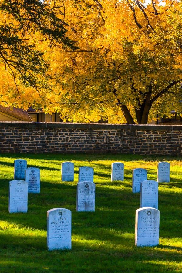 坟墓和秋天颜色在葛底斯堡国家公墓 免版税库存图片