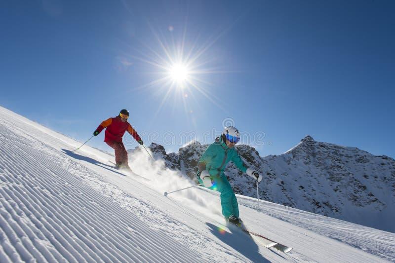 坡道滑雪在太阳后 库存图片