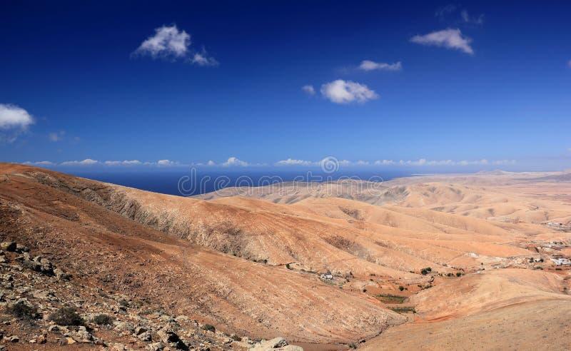 贝坦库里亚,中央费埃特文图拉岛,加那利群岛谷。 免版税图库摄影