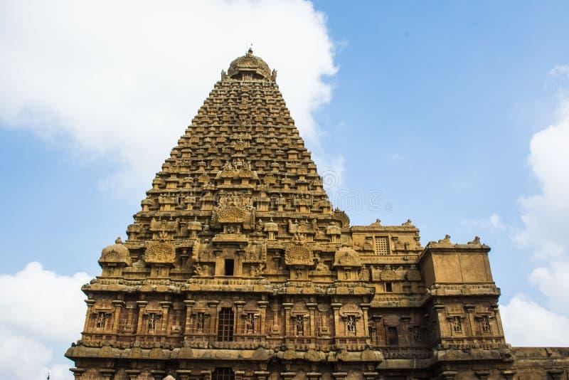 坦贾武尔大寺庙侧视图  库存图片