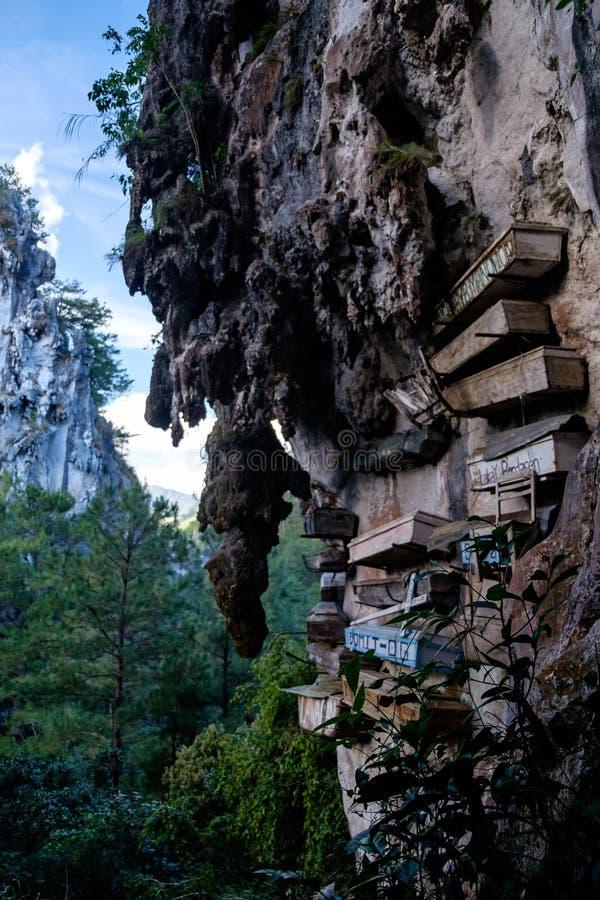 垂悬的棺材在吕宋,菲律宾 库存图片