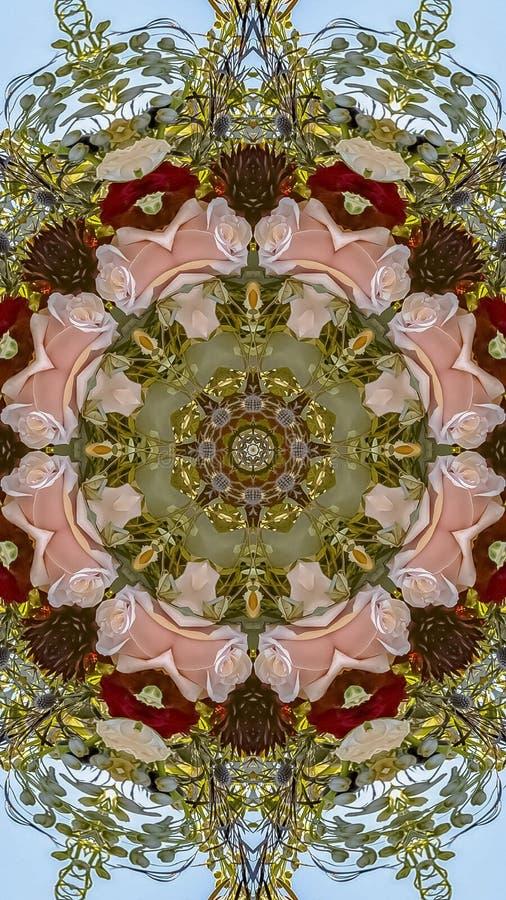 垂直的桃红色和英国兰开斯特家族族徽与绿色叶子被做成圆设计形状由Chuppah由加利福尼亚婚礼 库存图片