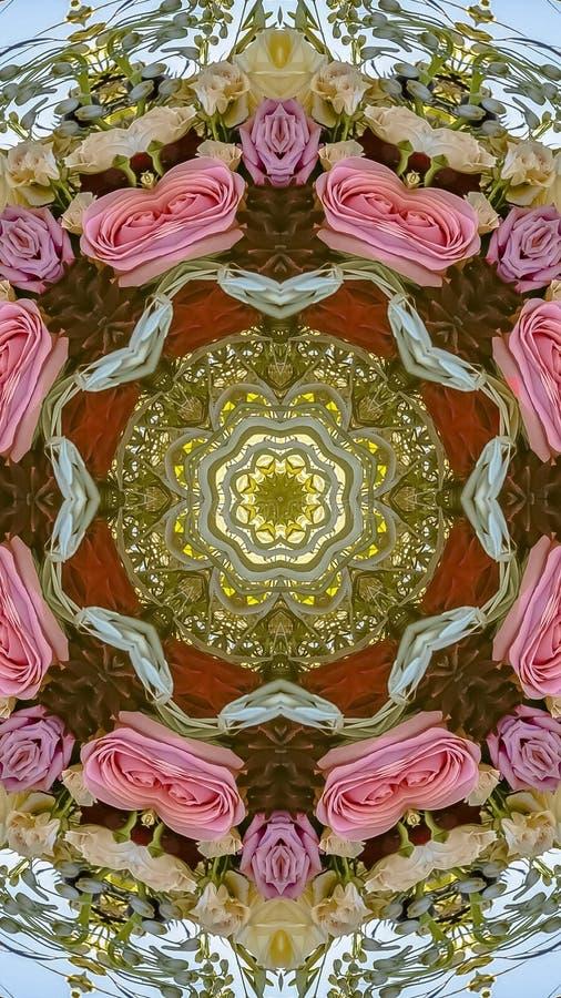 垂直的桃红色红色紫色玫瑰和绿色叶子被做成抽象形状在加利福尼亚婚礼的日落 免版税库存图片
