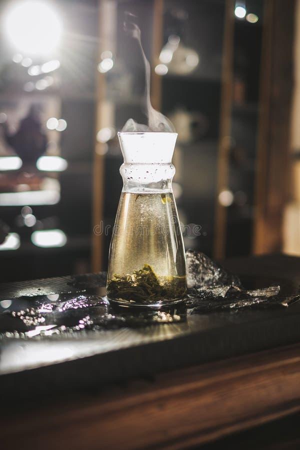 垂直酿造茶 库存照片