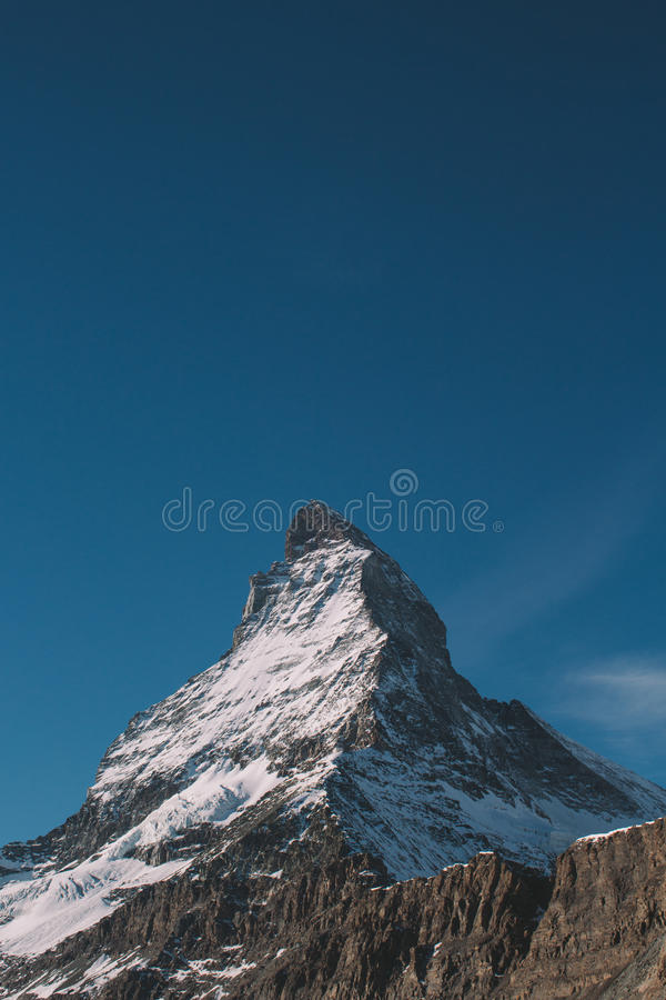 垂直的山 免版税库存图片