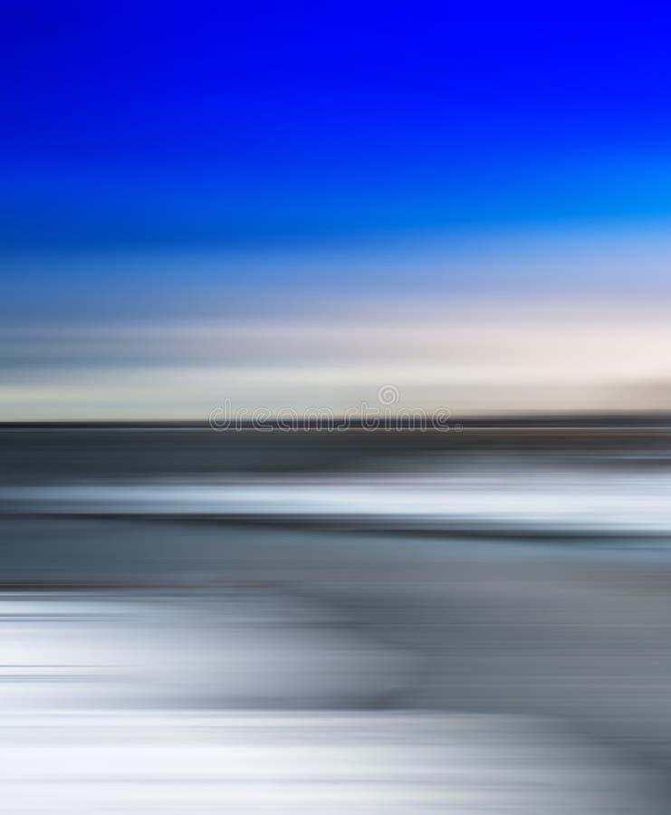 垂直的生动的简单的北极摘要被弄脏的风景 免版税库存照片