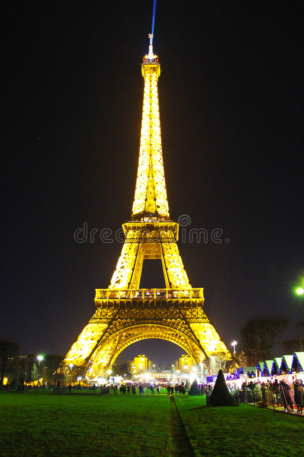 埃佛尔铁塔在晚上,巴黎 库存图片