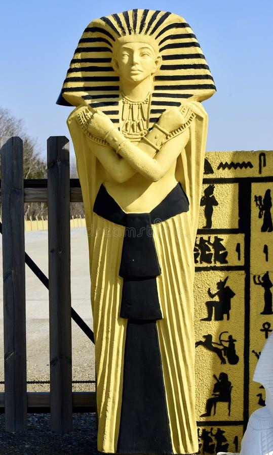 埃及人的入口雕象 免版税库存图片
