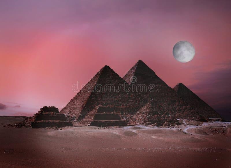 埃及吉萨棉金字塔 免版税库存照片