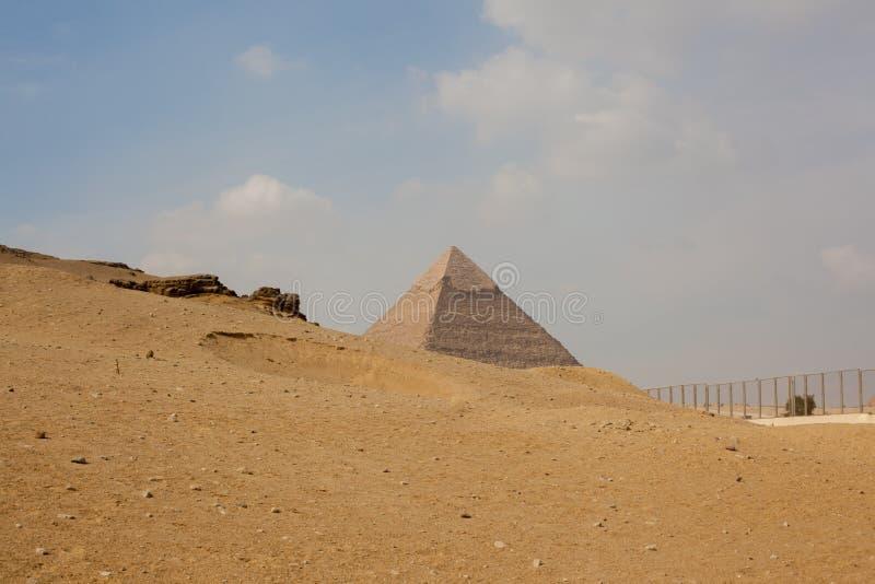 埃及,开罗2012年11月:吉萨棉金字塔 图库摄影