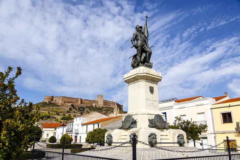埃尔南・科尔斯特,墨西哥征服者,麦德林,西班牙雕象  免版税库存图片