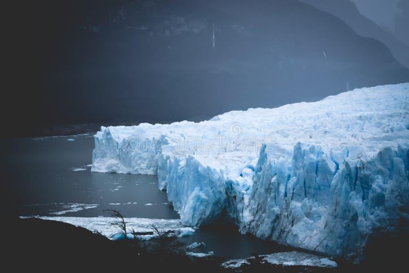埃尔卡拉法特,阿根廷:佩里托莫雷诺冰川,埃尔卡拉法特,阿根廷2015年 库存照片