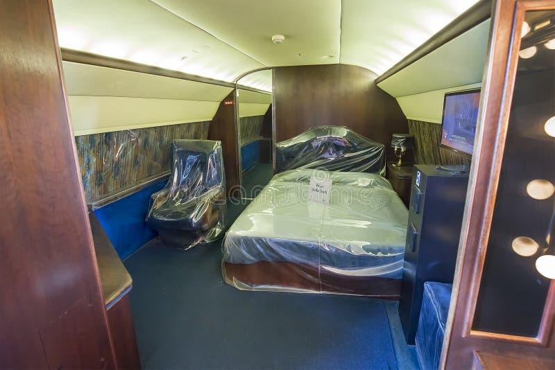 埃尔维斯・皮礼士利的私有飞机卧室 免版税图库摄影