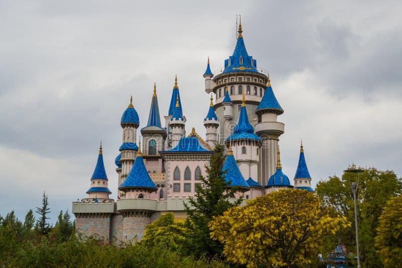 埃斯基谢希尔,土耳其:童话当中城堡,成为了埃斯基谢希尔的标志,由许多地方参观和外国 库存照片