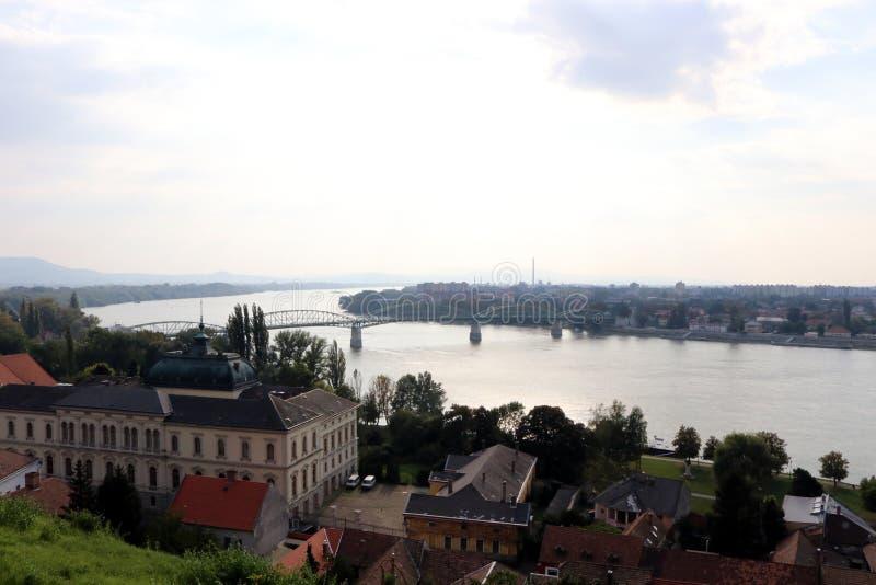 埃斯泰尔戈姆维谢格拉德,从大教堂的小山的全景 库存图片