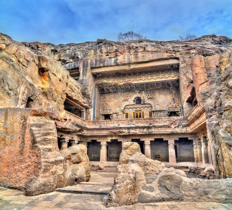埃洛拉石窟的大乘佛教徒修道院 联合国科教文组织世界遗产在马哈拉施特拉,印度 免版税图库摄影