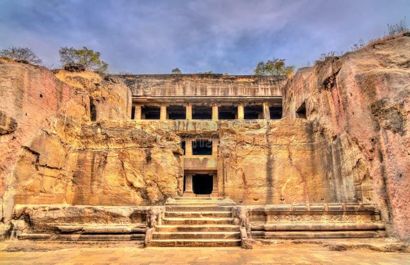 埃洛拉石窟的大乘佛教徒修道院 联合国科教文组织世界遗产在马哈拉施特拉,印度 图库摄影