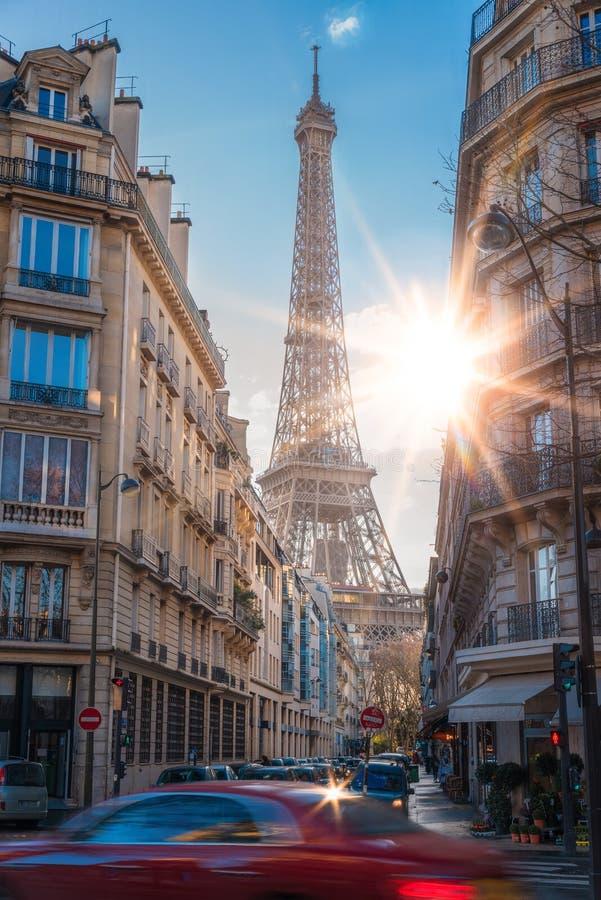 埃菲尔铁塔的美丽的景色在巴黎,法国 免版税库存图片