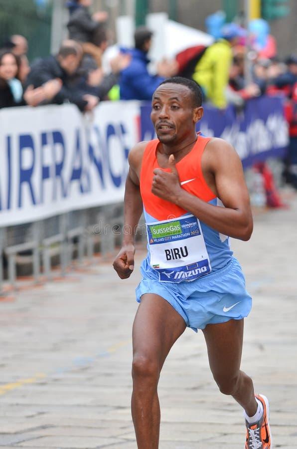 米兰市2013年马拉松男性优胜者 免版税图库摄影