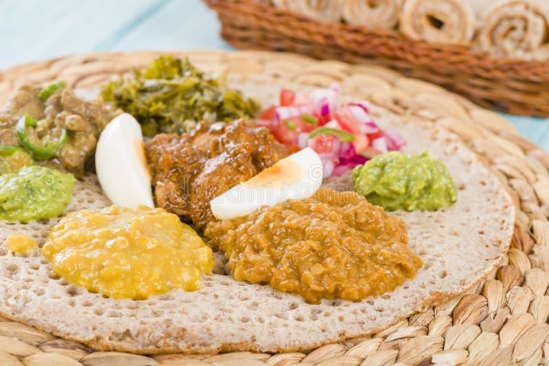 埃赛俄比亚的宴餐- Injera 免版税图库摄影
