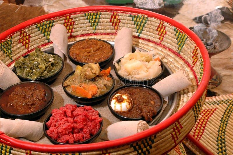 埃赛俄比亚2道开胃菜的篮子 免版税库存图片