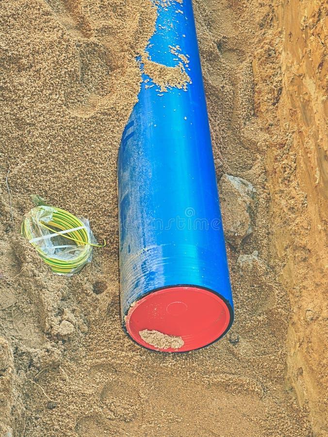 埋没供水管道 城市给水供应链服务  库存图片
