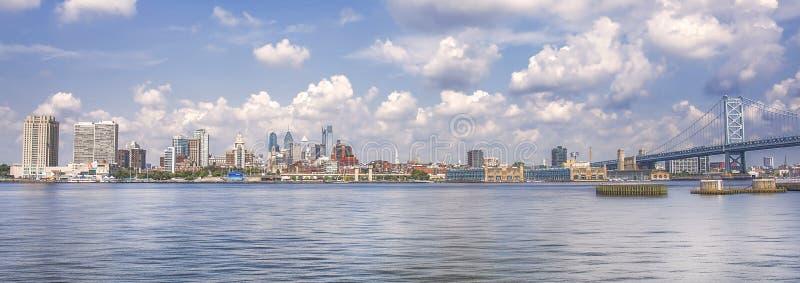 费城和本富兰克林桥梁 图库摄影