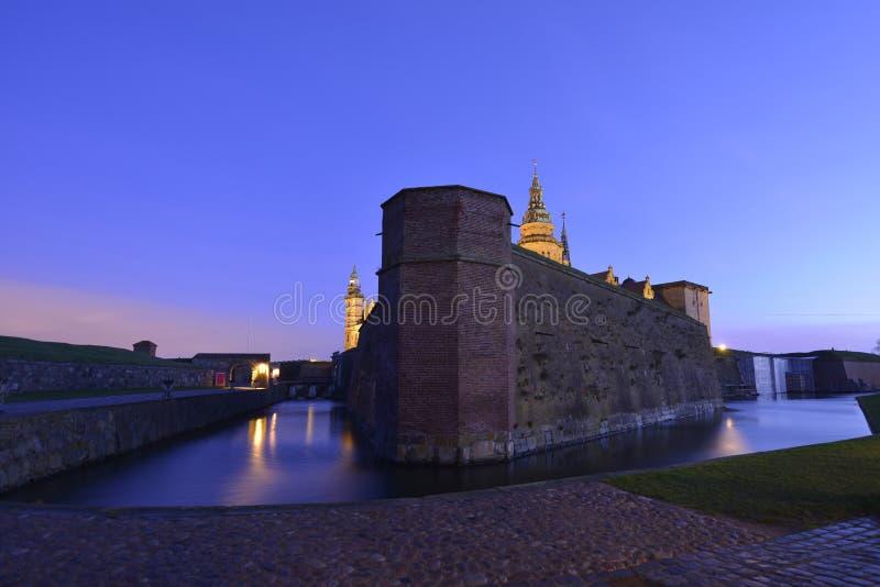 城堡丹麦小村庄赫尔新哥kronborg传奇安排 免版税库存图片