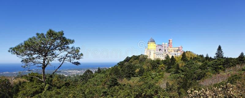 城堡全景pena视图 免版税图库摄影