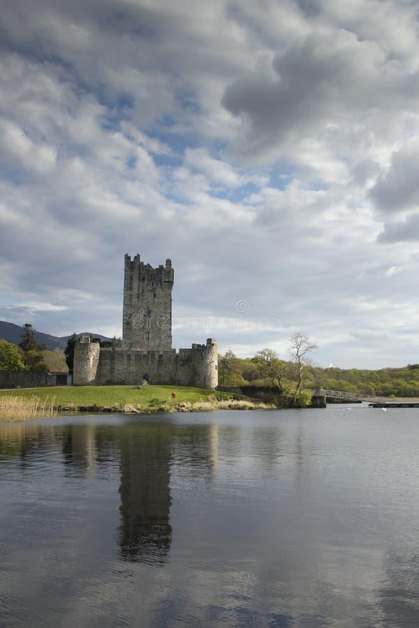 城堡在罗斯附近的爱尔兰killarney 图库摄影