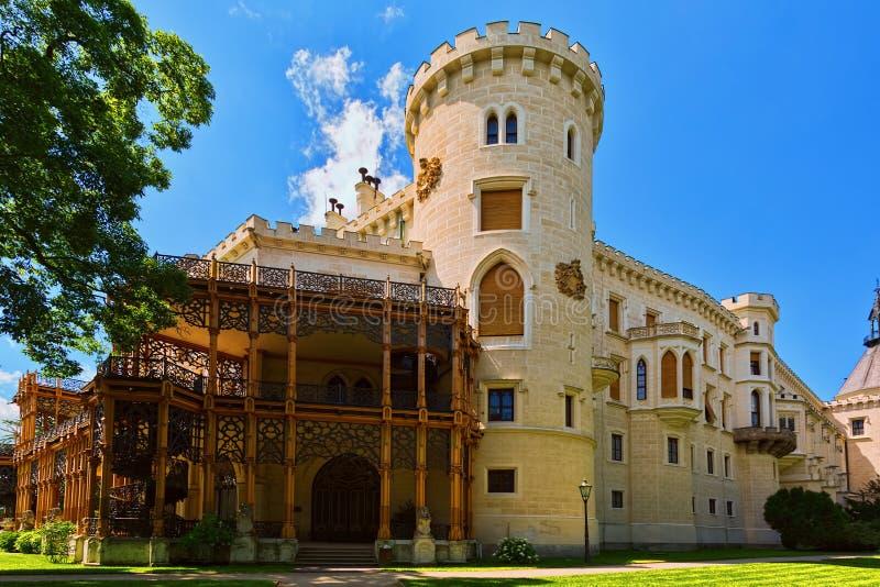 城堡夏天大阳台在Hluboka nad Vltavou,捷克 图库摄影